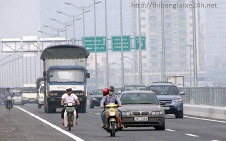 xe máy đi vào đường cao tốc phạt bao nhiêu
