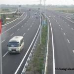 Xử phạt như thế nào khi quay đầu xe trên đường cao tốc?